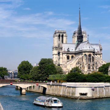 Собор Паризької Богоматері потребує термінового ремонту – тріщать стіни