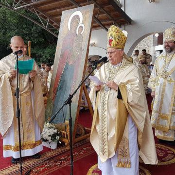 Посланник Папи Римського: «Молімося, аби зброя нарешті замовкла на цій улюбленій українській землі»