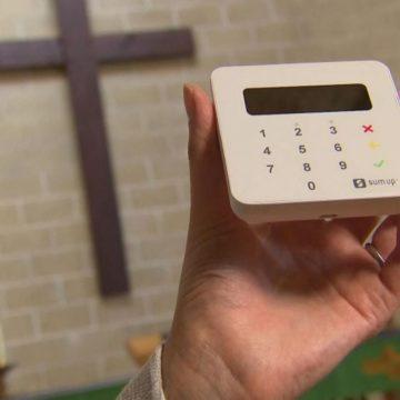 У Британії 16 тисяч церков встановили термінали для збору пожертв