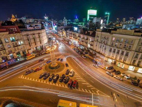 Київське братство УАПЦ ініціює перейменування площі Льва Толстого на площу Левка Лук'яненка