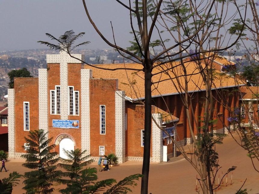 У Руанді закрили понад 8 тисяч храмів