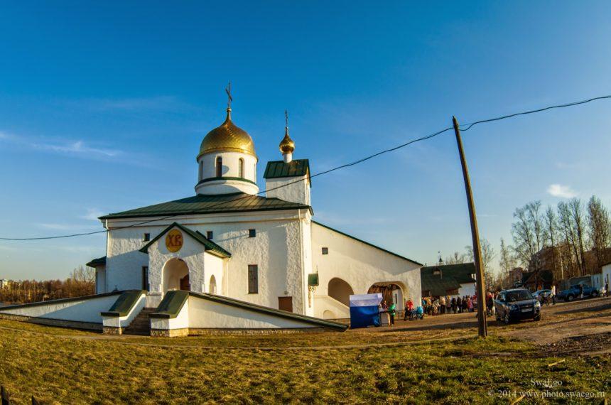 Собор в Росії оштрафували на 300 тисяч за будівництво кіоску без дозволу