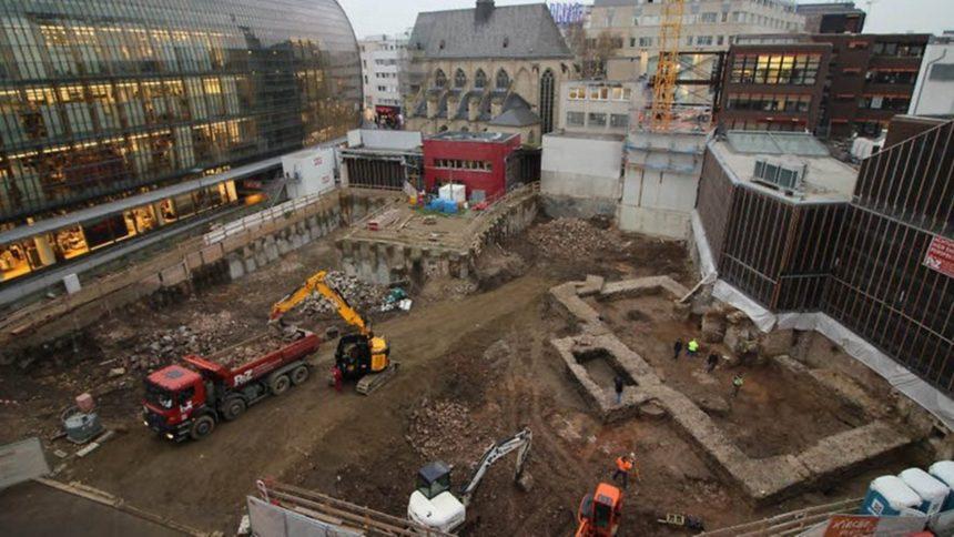 У Німеччині при будівництві церковного центру розкопали 1900-річну бібліотеку