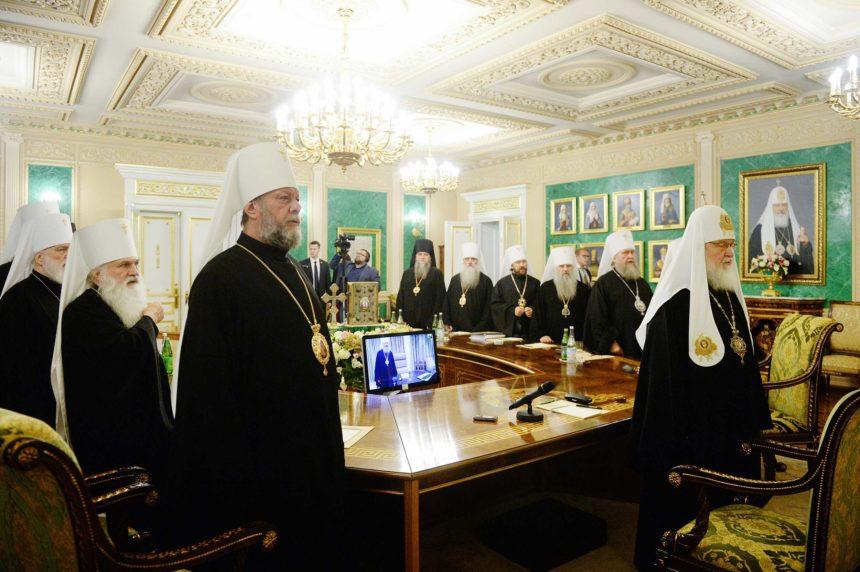 РПЦ погрожує розірвати євхаристійне спілкування з Константинополем – заява Синоду