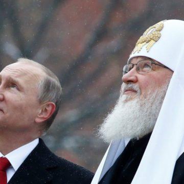 """Патріарх Кирило освятив перший камінь головного """"військового"""" храму РФ та заявив, що """"Росія ніколи не вела загарбницьких воєн"""""""