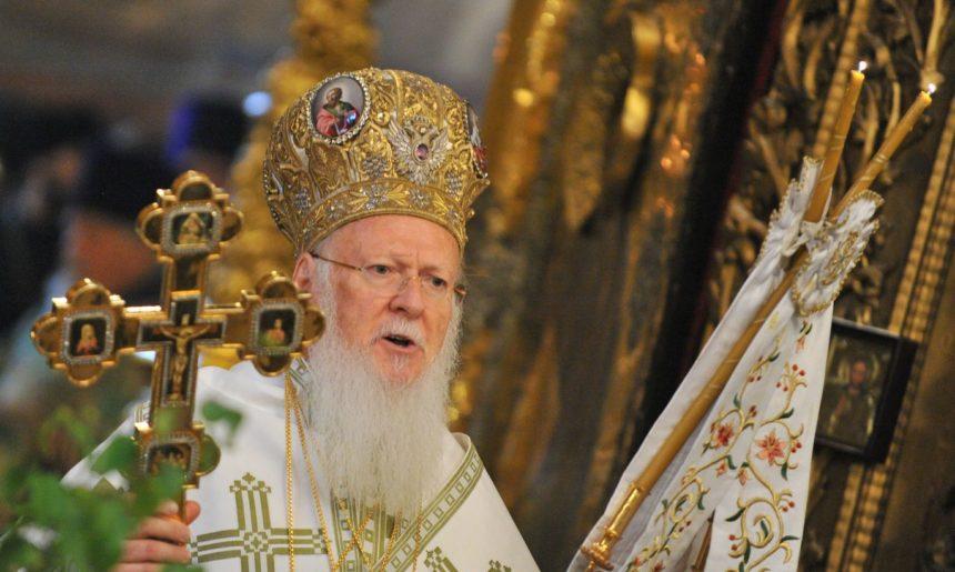 Рішення синоду: Українська Церква отримає Томос