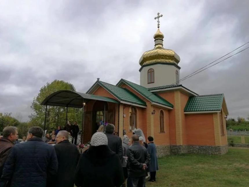 На Рівненщині вчинив самогубство священик, який майже 30 років відслужив у місцевій церкві