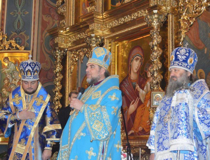 Митрополит Симеон розповів деталі засідання Собору УПЦ МП і зустрічі з Порошенком