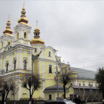 """У храмі УПЦ МП у Вінниці спростували фейк про його """"захоплення"""", який у Мережі розігнали росЗМІ"""