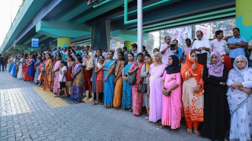 В Індії розпочалися масові протести через двох жінок, які зайшли до храму