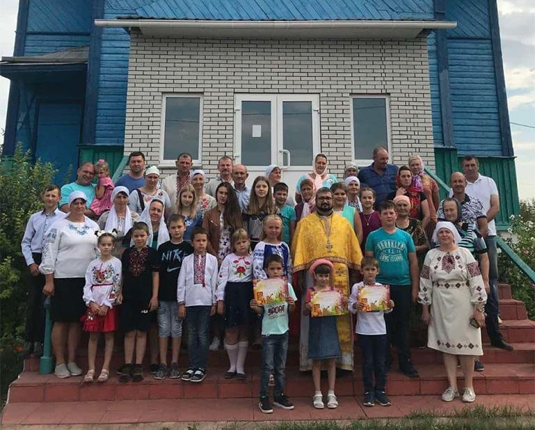 Прихильники УПЦ МП зі штовханиною заблокували вірян ПЦУ у храмі на Вінничині_3